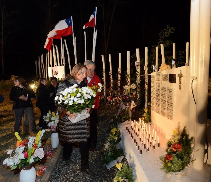 Visita memorial en la Isla Orrego - Constitución