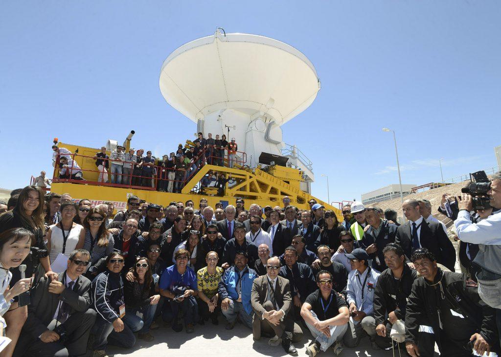 Inauguración del Telescopio de Radiofrecuencia ALMA Chile