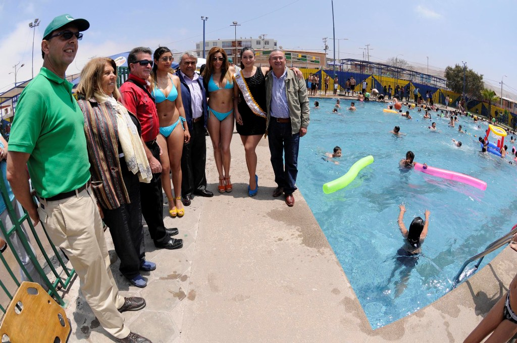 Cerca de 30 mil hospicianos visitar n piscinas municipales - Piscinas en alto ...