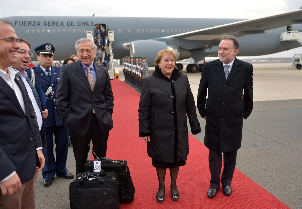 Presidenta Michelle Bachelet en Aeropuerto de Alemania